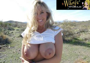 Good pay porn site with hot milfs.